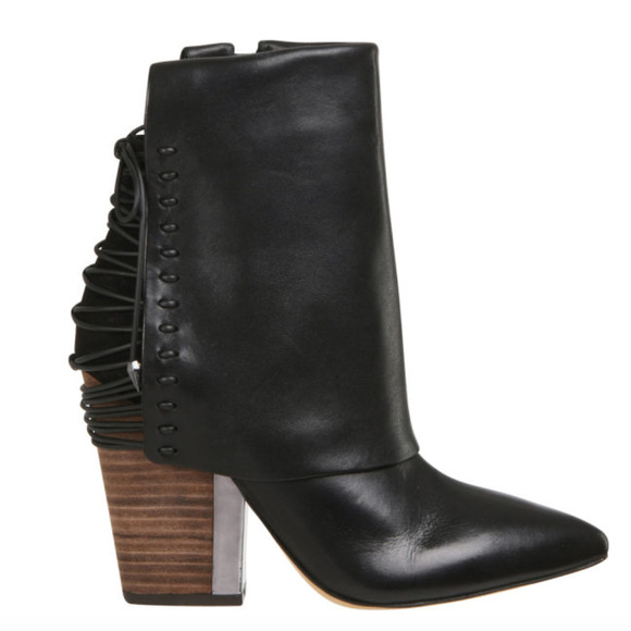 07ca21cf9101 ... Martina Leather Ankle Boot 7.5. M 5a9c977305f430bc0b00acb4